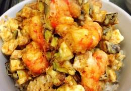 海老と旬野菜のかき揚げ丼